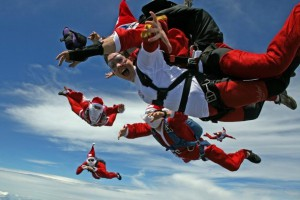 59__920x700_christmas_santa_claus_skydiving_southern_highlands_sydney (1)